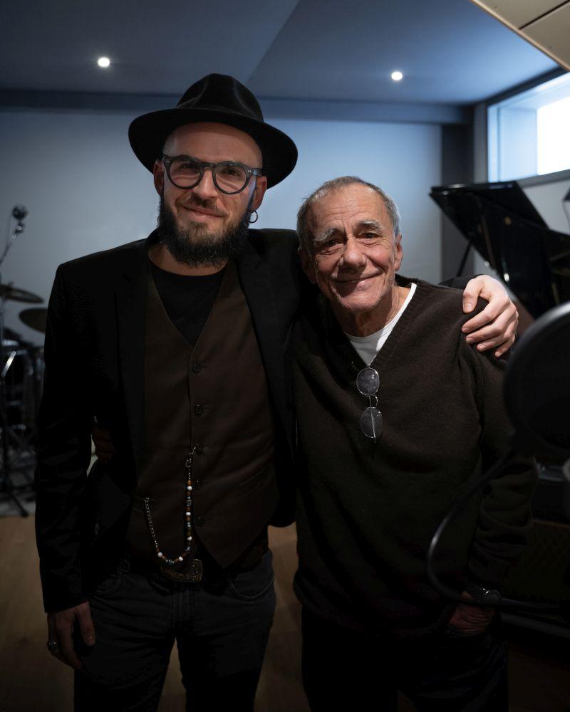 Paolo Simoni e Roberto Vecchioni_Ph. Costantin Kore Bolohan_DSC03498_b
